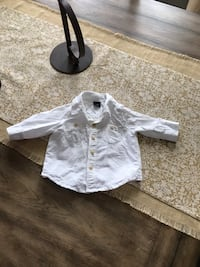Size 3-6 Month Gap Shirt