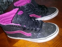 pair of black-and-pink Nike basketball shoes Las Vegas, 89108