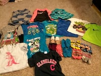 toddler's assorted clothes North Royalton, 44133