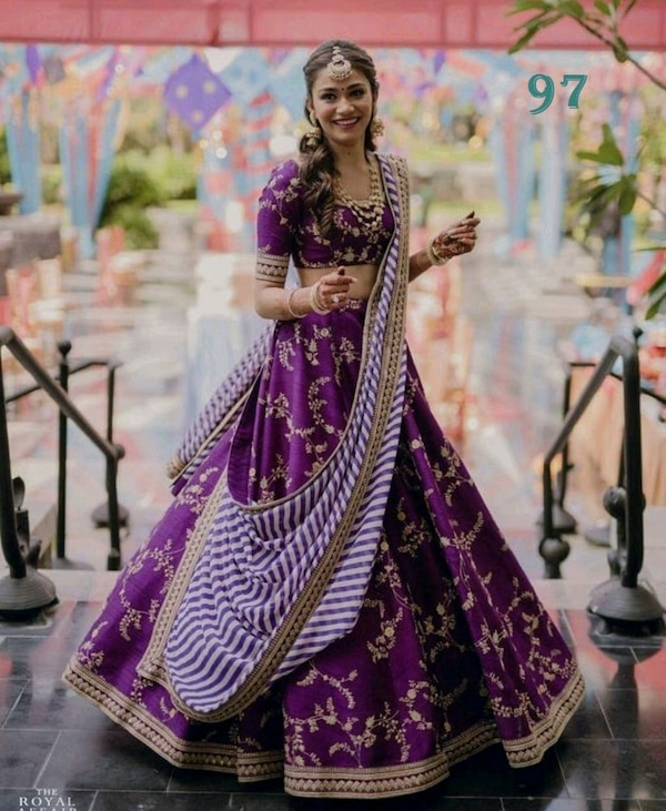 women's purple and white floral sari dress