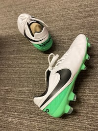 Nike football cleats Toronto, M3L 1W8