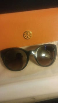 authentic Tory Burch sunglasses Pleasanton, 94566