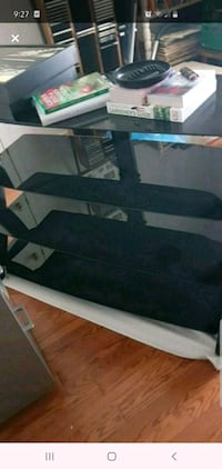tv stand all glass  London, N5Y 4J7