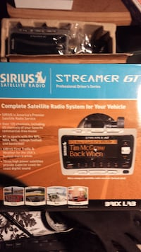 Sirius Satellite streamer GT with Carkit .. New in box, never subscribed  93312