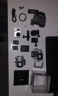 Go pro hero 3+ with attachments (Christmas sale) Surrey, V4P 2B5