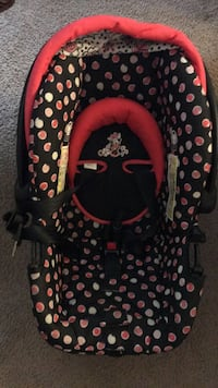 Minnie mouse car seat Temple Hills, 20748