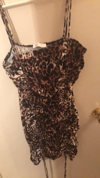 black and brown leopard print scoop neck shirt Houston, 77042