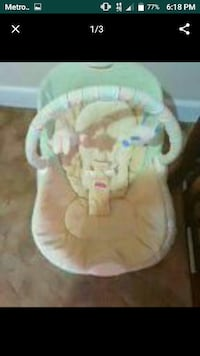 baby's white and green bouncer Pawtucket, 02860