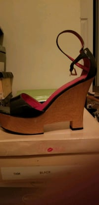 Womens shoes  15$ and up obo Mount Laurel Township, 08054