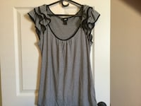 Ladies size Large H&M (Like New)  Milton, L9T 2R1