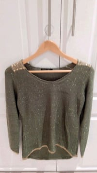knitted sweater Beaconsfield, H9W