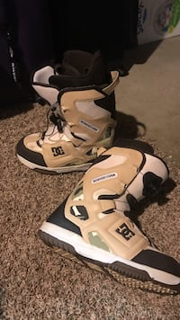 Dc snowboard boots size 12