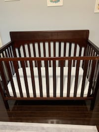 Crib  Richmond Hill, L4S 1A5