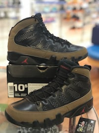 Olive 9s size 10.5 Silver Spring, 20902