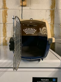Cat and pet crate/taxi