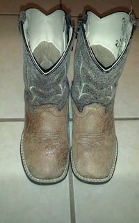 Old West kids boots size 7.5 Red Oak, 75154