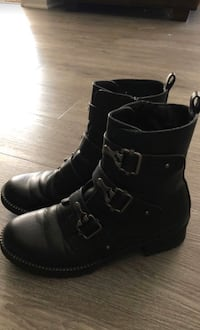 Size 7.5 Combat boots from Kohl's