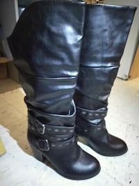 pair of black leather knee-high boots size: 9 Chicago, 60608