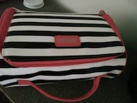 Kenneth Cole Recreation Make-up bag