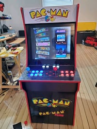 "pacman arcade1up upgraded 2400 games 19"" screen speaker upgrade led Toronto, M9M 2H5"