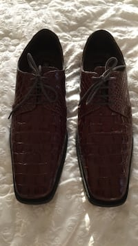 pair of black leather shoes Copperas Cove, 76522