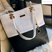 Tote bag in pelle bianca e nera Charles & Keith