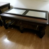 Dark wood, ornate details coffe and 2 end tables Waldorf, 20602