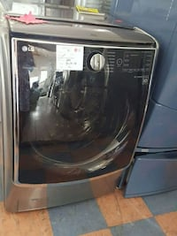 NEW !! LG STEAM FRONT LOAD WASHER  Long Beach, 90803