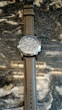 round silver chronograph watch with brown leather strap Washington, 20002