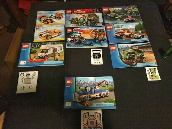 Lego lot, comes with all pieces & figurines