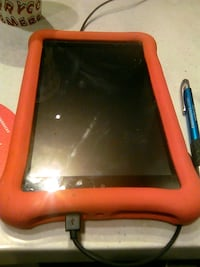 Amazon fire great conditions comes with case and charger onlyv45