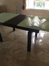 Glass dining table  Laval, H7P 5N1