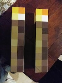 two minecraft torch
