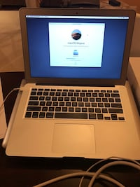 2015 MacBook Air 13 inch Mint condition Silver Spring, 20904