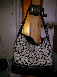 Authentic coach hobo bag  Johnstown, 15902