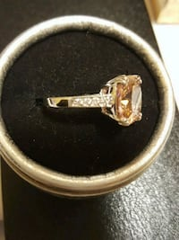silver and diamond ring in box Salaberry-de-Valleyfield, J6T 1P4