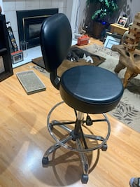 Black Leather Hydraulic Chair on Wheels