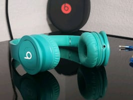 Beats by Dre. MINT Condition