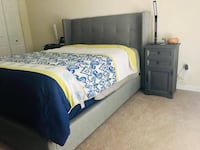Queen Bed Frame Herndon, 20171