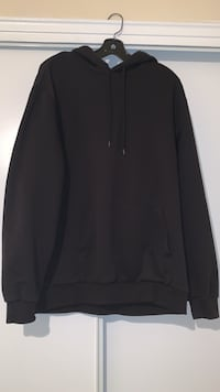 black hoodie men's size large  Toronto, M3A 2Y3