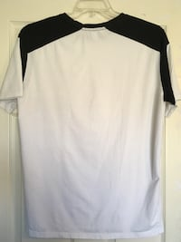 Medium  white and black crew-neck t-shirt Sparks, 89436