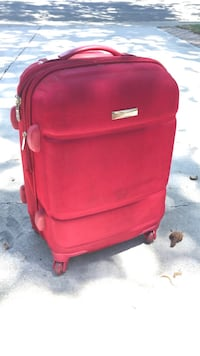 Women's luggage  Concord, 94519