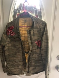 Camouflage jacket with roses  Staunton, 24401