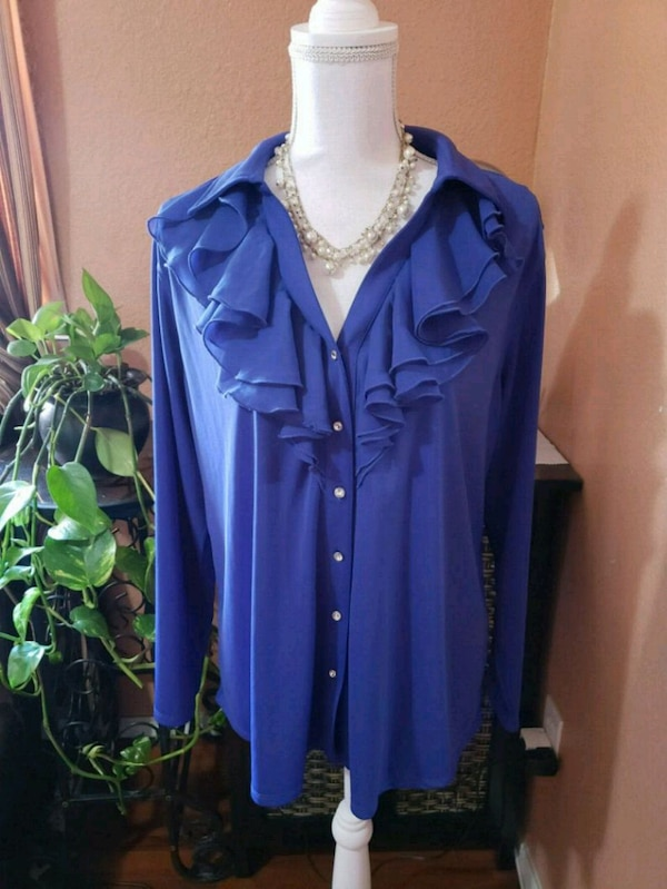 413be51f003 Used NWT Plus Size Blue Ruffled Blouse Avenue for sale in Redwood City -  letgo