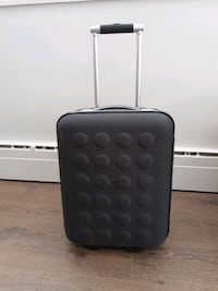 HAND LUGGAGE FOR YOUR AMAZING VACATION  Vancouver, V6P 4J4