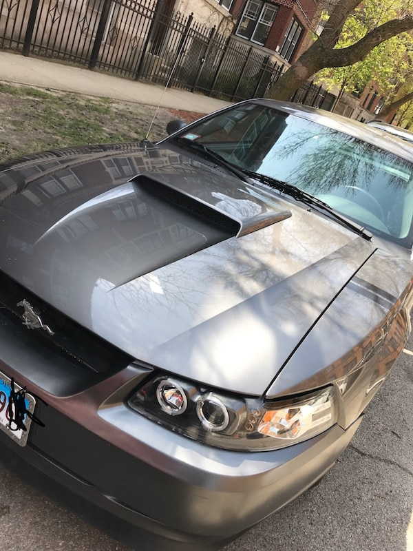 Used 2004 Ford Mustang 3 9 Standard For Sale In Chicago