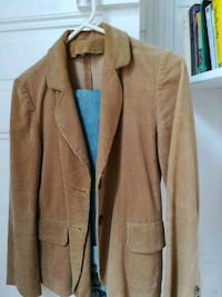 Veste en velours marron Paris, 75017