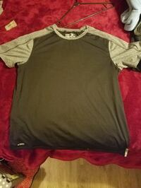 Dri fit Reeboks size large New Market, 35761
