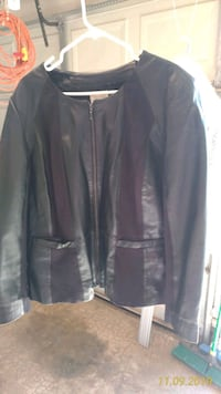 Winter jackets and sweaters. Women's plus size.  Mustang, 73064