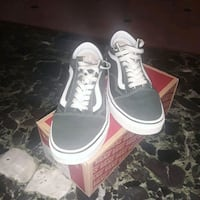 Van's Green Size  W8.5.  M7 Washington, 20401